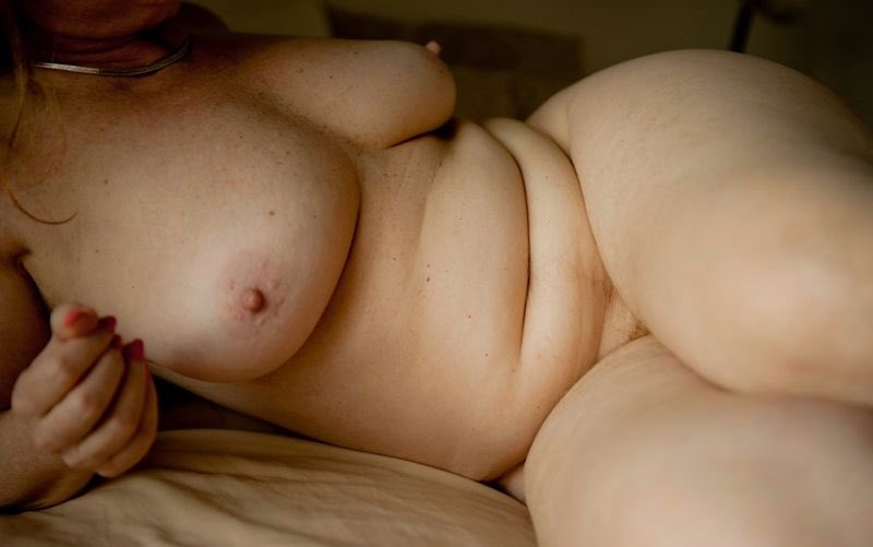 Plan sexe avec une ronde femme coquine